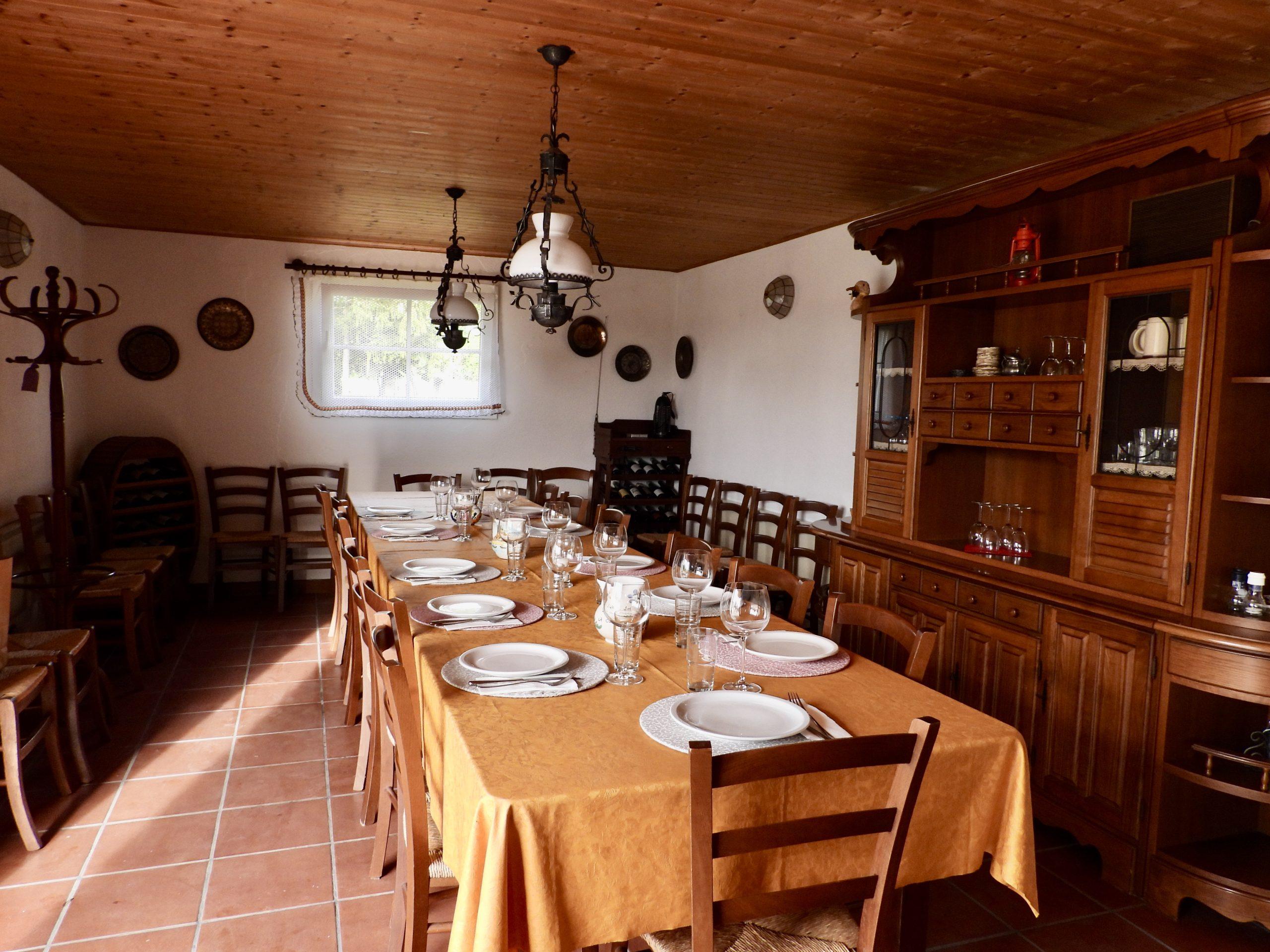 Taverne Tisch